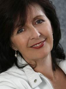 Leonie Hicks